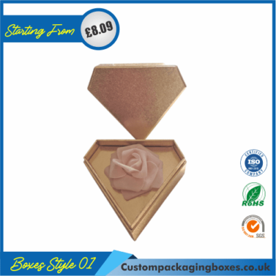 Diamond-Shaped Gift Box 01