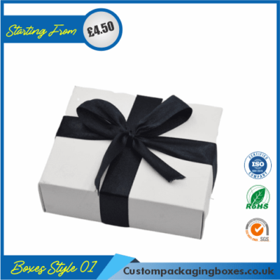 Pack of 100 White Small Gift Boxes with Ribbon 01