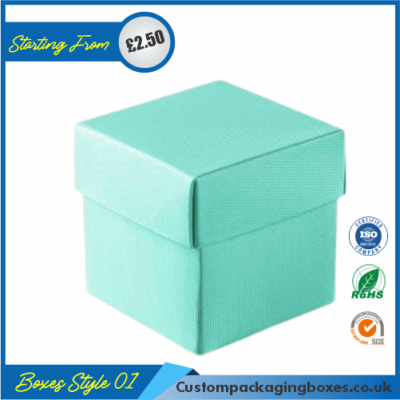 Small Gift Box With Lid 01