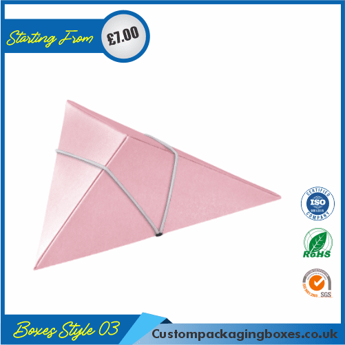 Tiny Triangular Gift Box 03