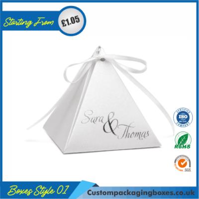 Personalized Pyramid Favor Box 01